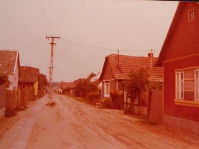 Erdőhát utca a 80-as években