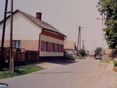 Szintén Monostorerdő utca a 80-as években